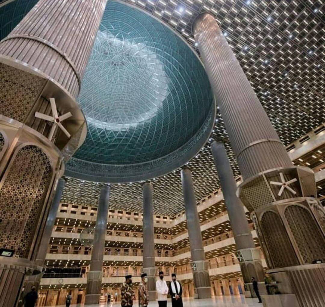 Industrial Wall Mount Fans AIRPIVOT in The Istiqlal Mosque